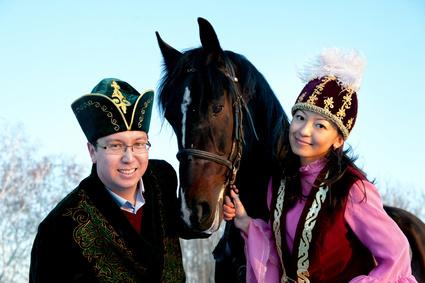 Современный список казахских имен вмещает в себя традиционные имена, заимствования и новообразования. От Шолпан и Куляша до Самитхана и Азиады.