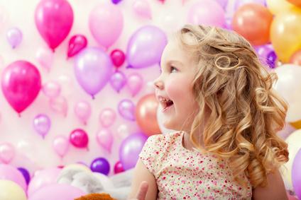 Дети, рожденные в июне, наделены хорошей интуицией и неконфликтным характером. Какое имя придаст уверенности в собственных силах июньскому малышу?