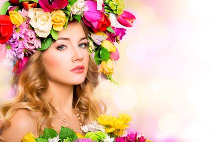 Не случайно «сияющее», «светлое» имя Елена стало символом женской красоты. Какие характерные черты присущи всем Еленам? Какую загадку таит в себе это имя?