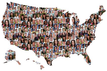 У разнородного населения США преобладают англоязычные фамилии. Как построились к ним фамилии индейцев, выходцев из Африки и испанские фамилии?