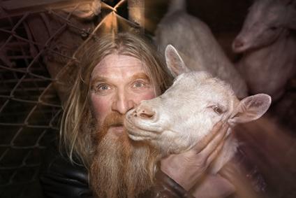 Родовое имя Овчинниковы восходит к роду занятий далекого предка, который носил прозвище Овчинник. Что еще могло стать основой этой фамилии?